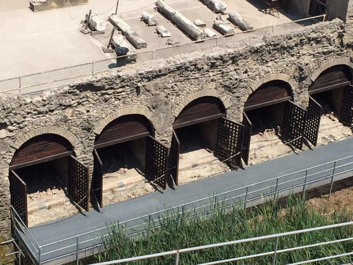 Herculaneum Boasthouse