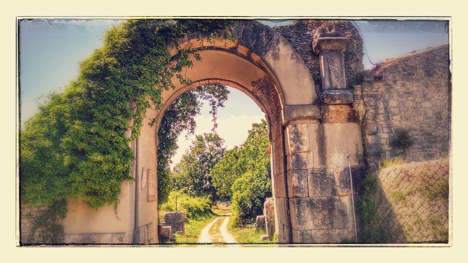 saepinum gate